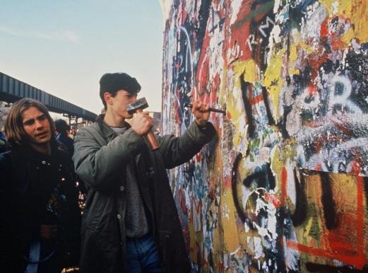 breaking-berlin-wall-2